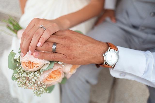 Cheryl Landsberry Brisbane Bayside Celebrant - Marriage Celebrant
